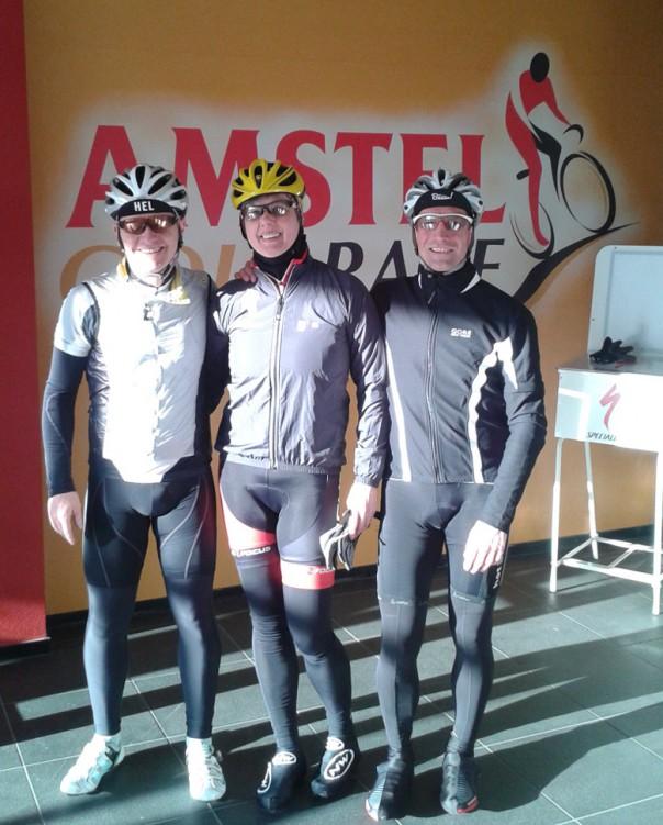 Die drei Haardbiker Martin, Elisabeth und Jörg nach der anspruchsvollen 150 km Stecke im Ziel